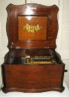 an image of 15 1/2 inch Regina music box -- short bedplate